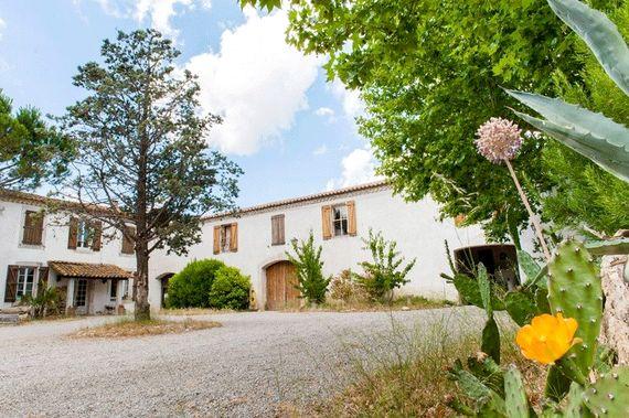 Maison De La Roche - Secret Garden Cottage Image 5