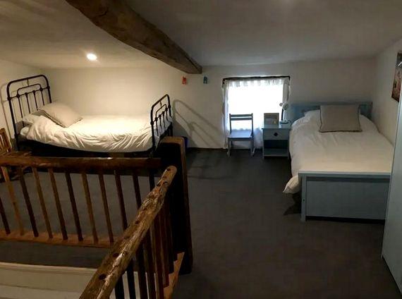 Upstairs landing twin bedroom