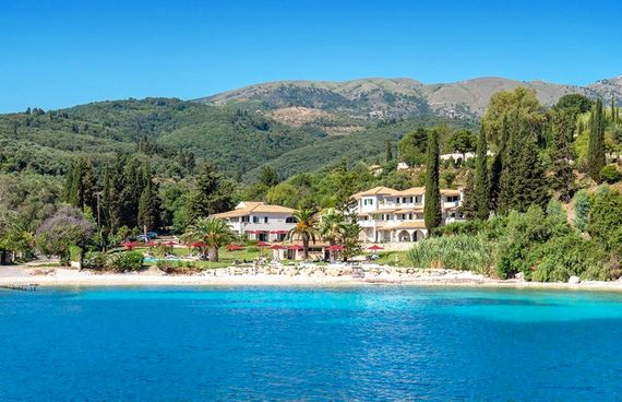 Bella Mare Hotel - Exclusive Junior Suite Image 2