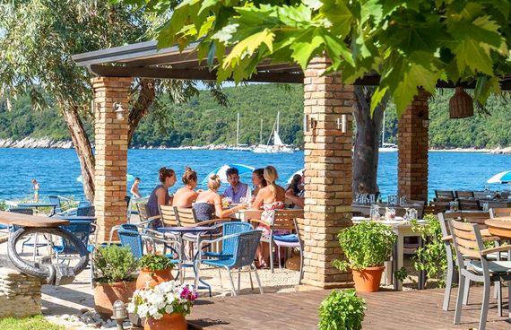 Bella Mare Hotel - Exclusive Junior Suite Image 6