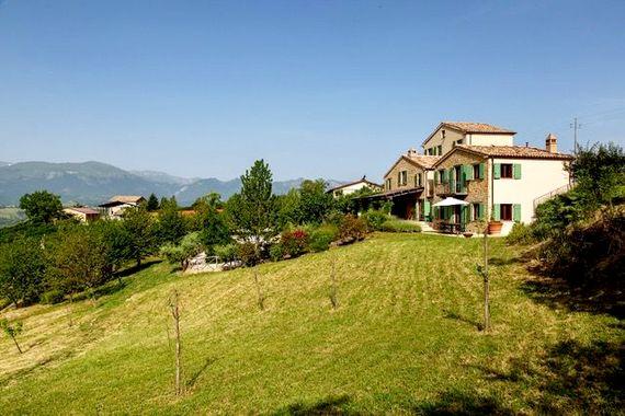 Hillside Villa Image 21