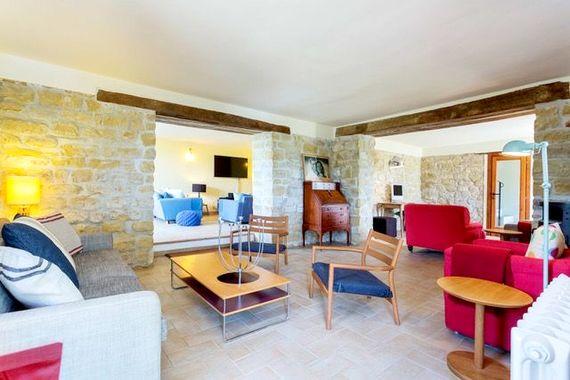 Hillside Villa Image 4