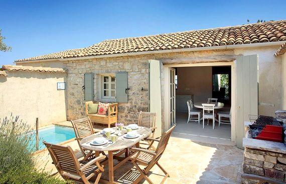 Rou Estate - Laurus Image 15