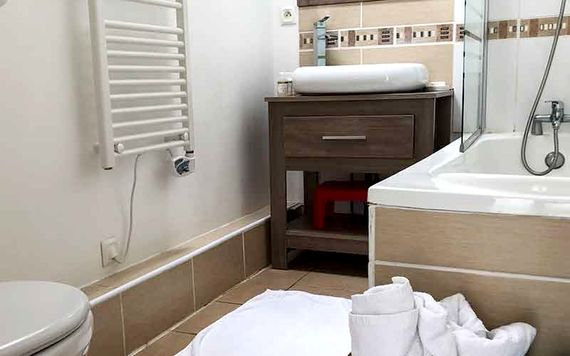 La Boulange - 1 bedroom gite sleeping up to 4 Image 5