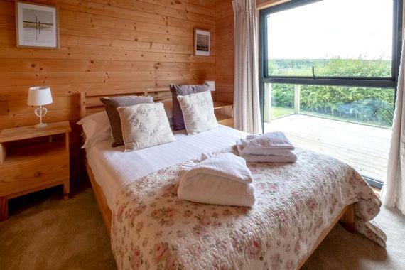 Wood Cabin 1 Image 3