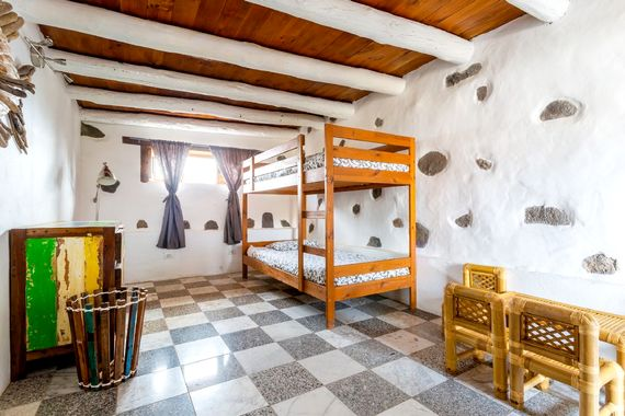 Bunk bed room with sea view