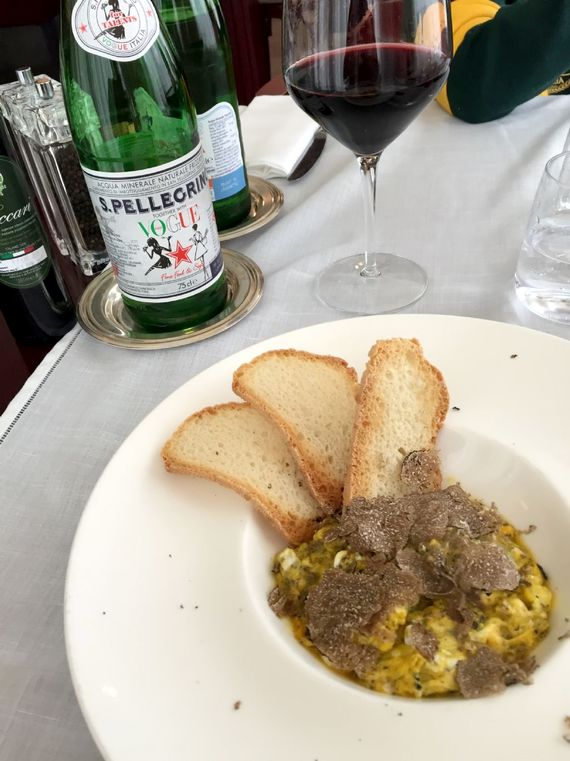Why not enjoy a home cooked meal on your terrace, like this scrambled egg with fresh truffle