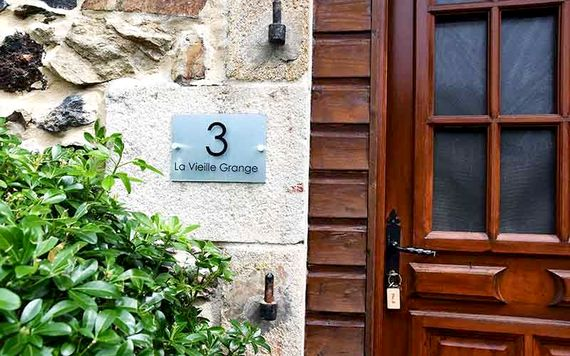 No.3, La Vieille Grange - 3 bedroom sleeping 6 plus infant Image 2