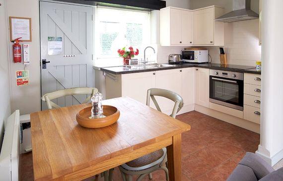 Abbotsea cottage kitchen