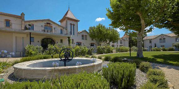 Chateau St Pierre de Serjac - La Distellerie Image 4
