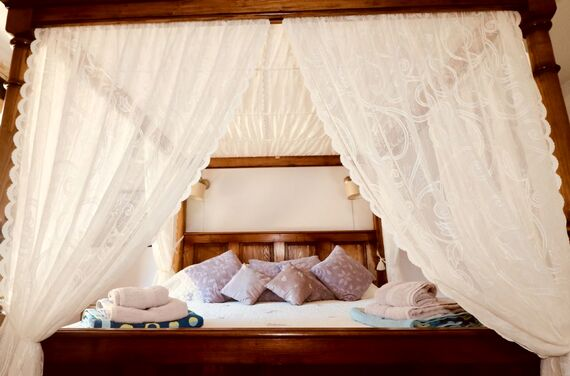 Ground floor Lavender Suite with a single bed plus room for a cot