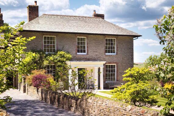 Gitcombe House  Image 1