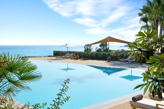 Ikos Andalusia -Family Suite Pool View Image 9