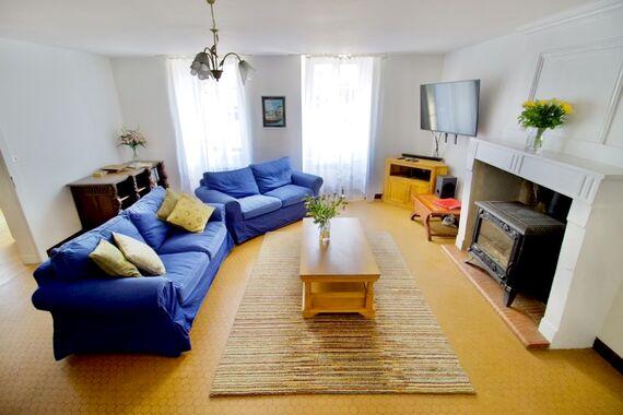 The Farmhouse - La Bigorre Holiday Cottages Image 4