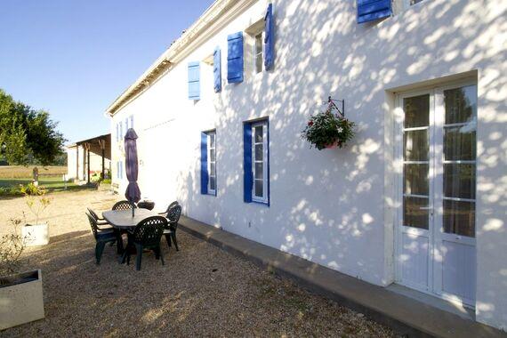 The Farmhouse - La Bigorre Holiday Cottages Image 1