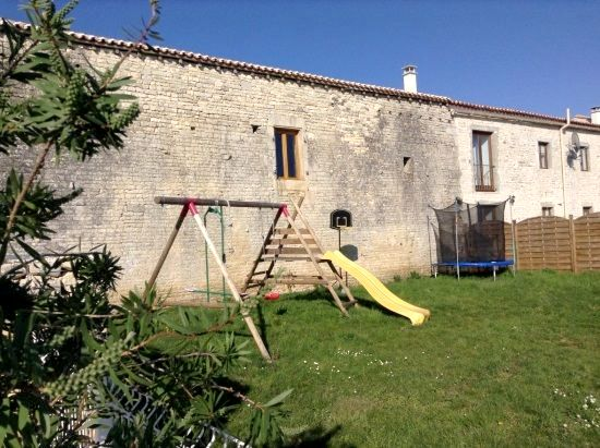 Maison Cachee - The Courtyard at St Catherines Image 15