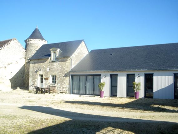 Boulangerie Cottage sleeps 5 + cot