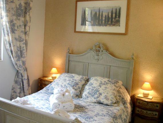 Lartigue suite - 1 of the 5 double bedrooms