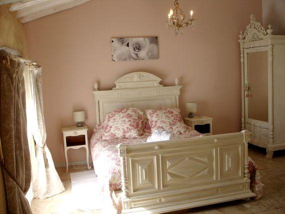 Coco suite spacious double bedroom