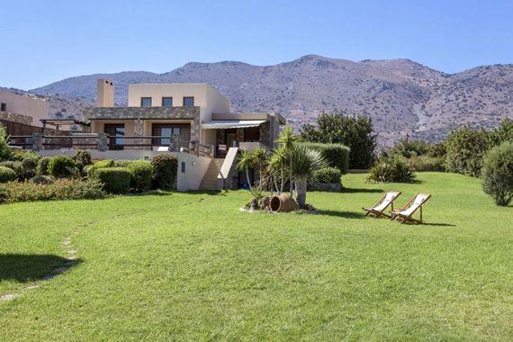 Elounda Gulf Villas & Suites - Beach Front Villa Image 4