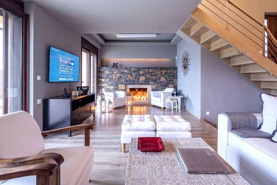 Elounda Gulf Villas & Suites - Beach Front Villa Image 9