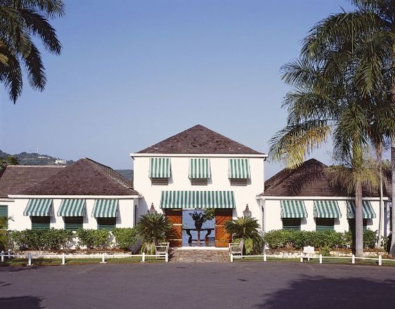 Round Hill Resort - 2 Bed Classic Villa Image 2