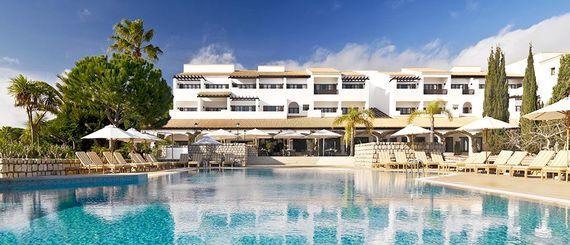 Pine Cliffs Resort - Premium Ocean Suite 2 Bedroom Image 2
