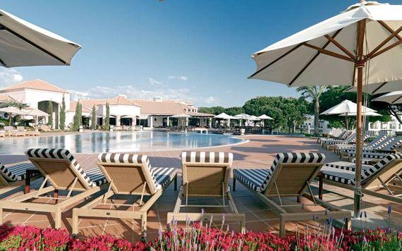 Pine Cliffs Resort - Premium Ocean Suite 2 Bedroom Image 6