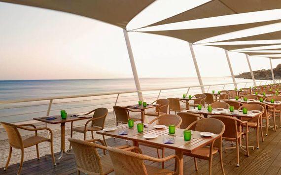 Pine Cliffs Resort - Premium Ocean Suite 2 Bedroom Image 23