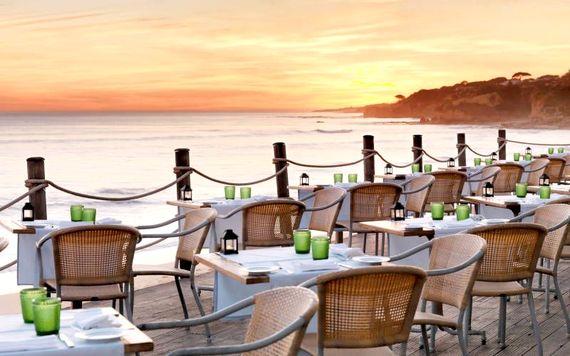 Pine Cliffs Resort - Premium Ocean Suite 3 Bedroom Image 3