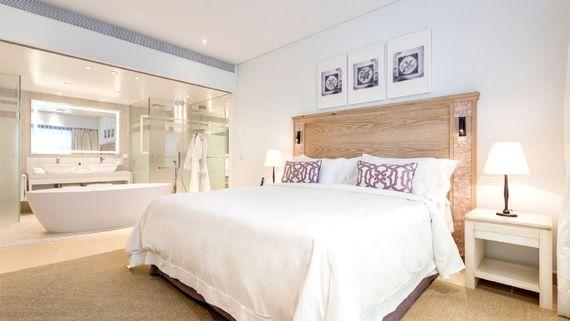 Pine Cliffs Resort - Premium Ocean Suite 3 Bedroom Image 8
