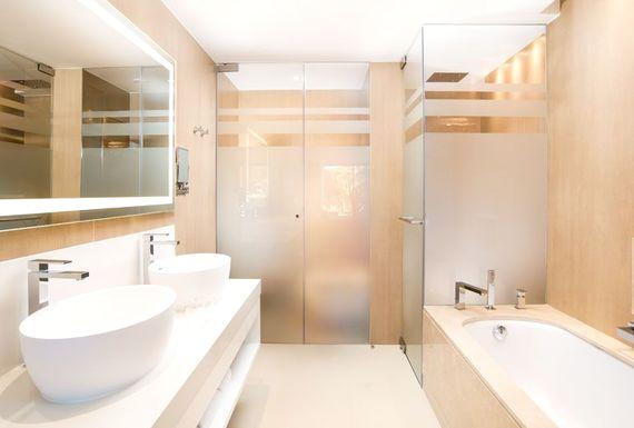 Pine Cliffs Resort - Premium Ocean Suite 3 Bedroom Image 12