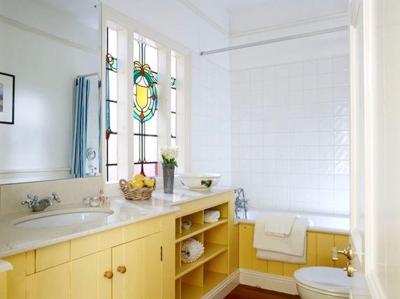Flear house bathroom