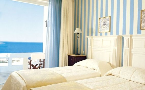 Elounda Gulf Villas & Suites - Deluxe Senior Suite Image 7