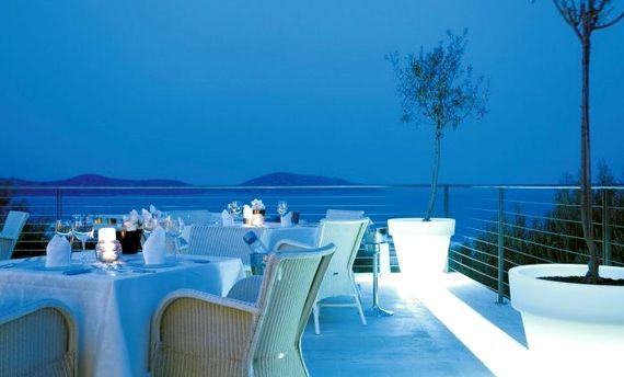 Elounda Gulf Villas & Suites - Deluxe Senior Suite Image 13