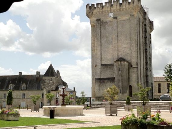 Medieval Pons is only 10 minutes drive - festivals and a fornightly night market in July & August