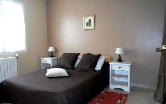 Bedroom (double bed with space for a cot)