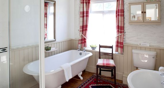 Elm has a large upstairs family bathroom with roll top bath.