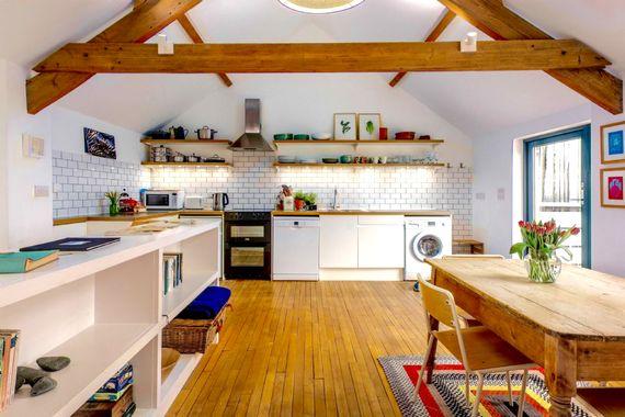 The open plan kitchen/diner