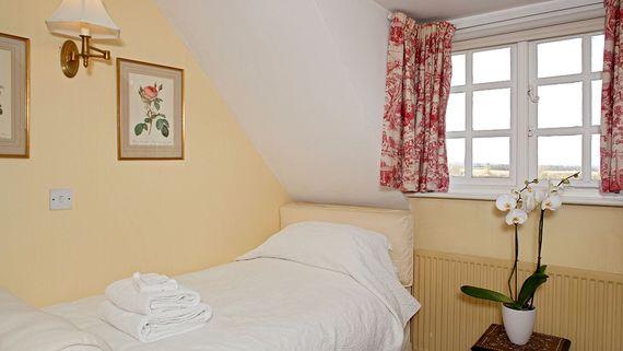 Cheltenham Image 3