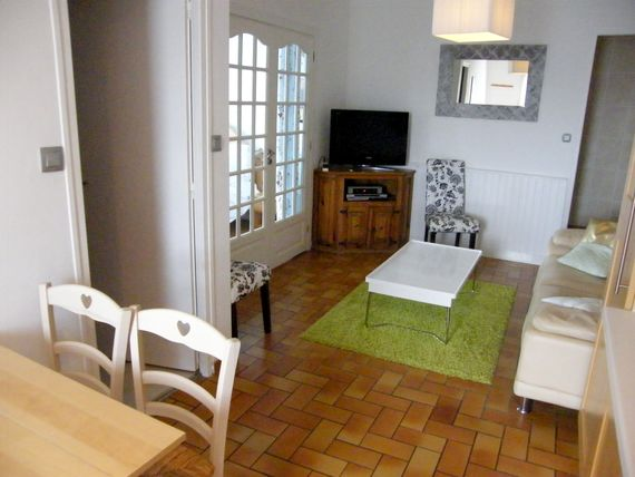 L'Ecurie - 2 bedroom gite sleeping up to 5 Image 8