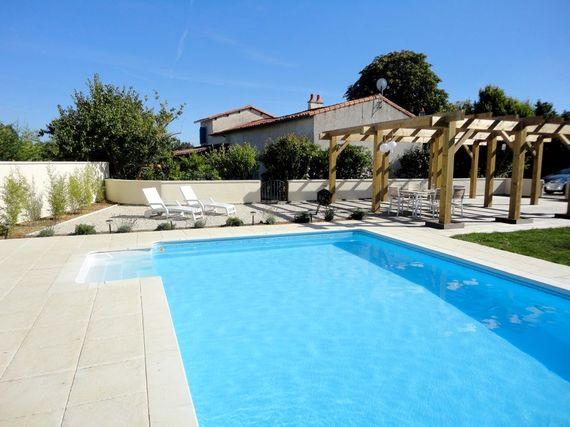 Charente Retreat Image 3