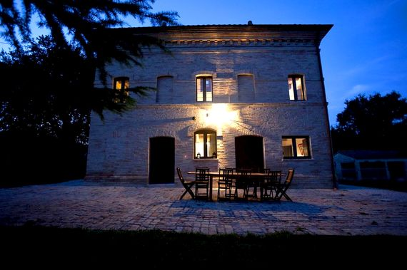 Le Marche Farmhouse Image 17