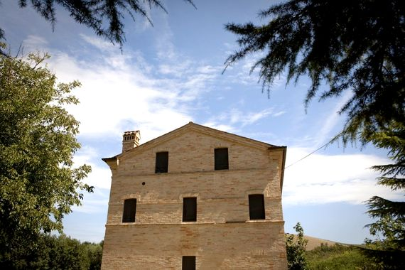 Le Marche Farmhouse Image 3