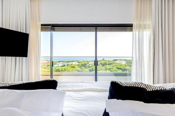 Praia Verde - Sea View Room Image 3