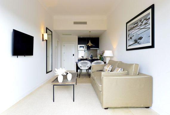 Praia Verde - Suite with Garden View Image 4