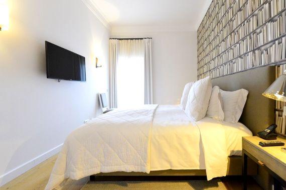 Praia Verde - Suite with Garden View Image 5