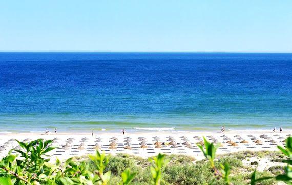 Praia Verde - Suite with Garden View Image 1