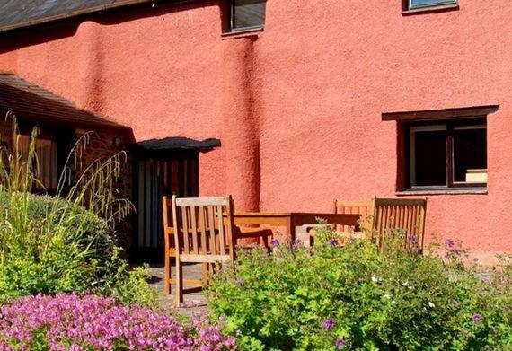 Tilly's Cottage Image 6