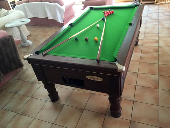 Championship Pool table will give the family hours of fun